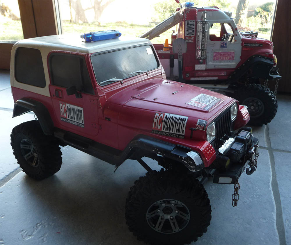 Montage MST CMX Kit : Jeep & Hummer - Page 11 Jeep-p10