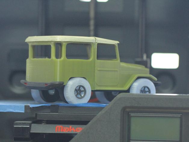 Parechoc 3D avec Attache Remorque 3D pour Scx10 et autres Scale et Crawler 1/10 M12c10