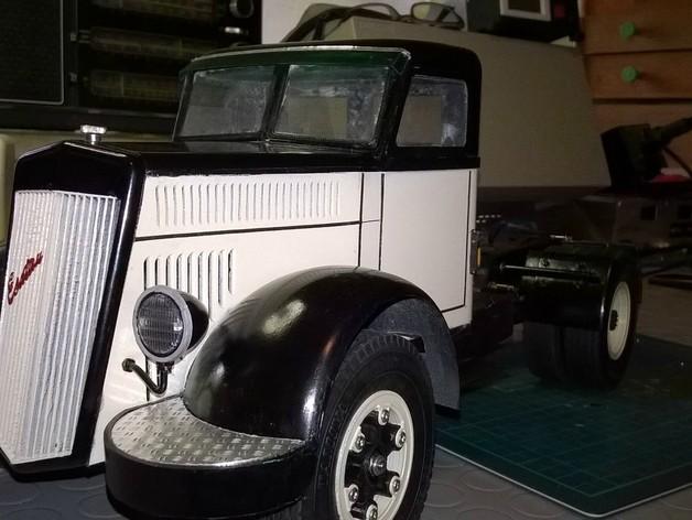 Carrosserie 3D Camion Lancia Esatau old timer truck 1955 4x4 pour scale et crawler 1/10 M1a51