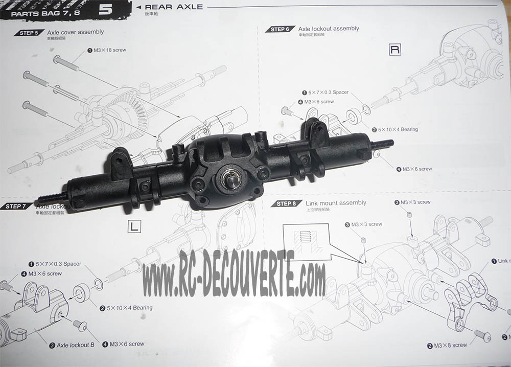 Montage MST CMX Kit : Jeep & Hummer - Page 3 Pont-a10