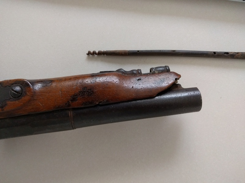 Pistolet à Silex Img_2040