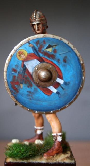 Magister Peditum, décoration du bouclier modifiée.... Img_6518