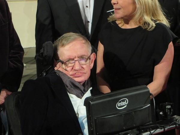 Visionary Physicist Stephen Hawking dies Steven10