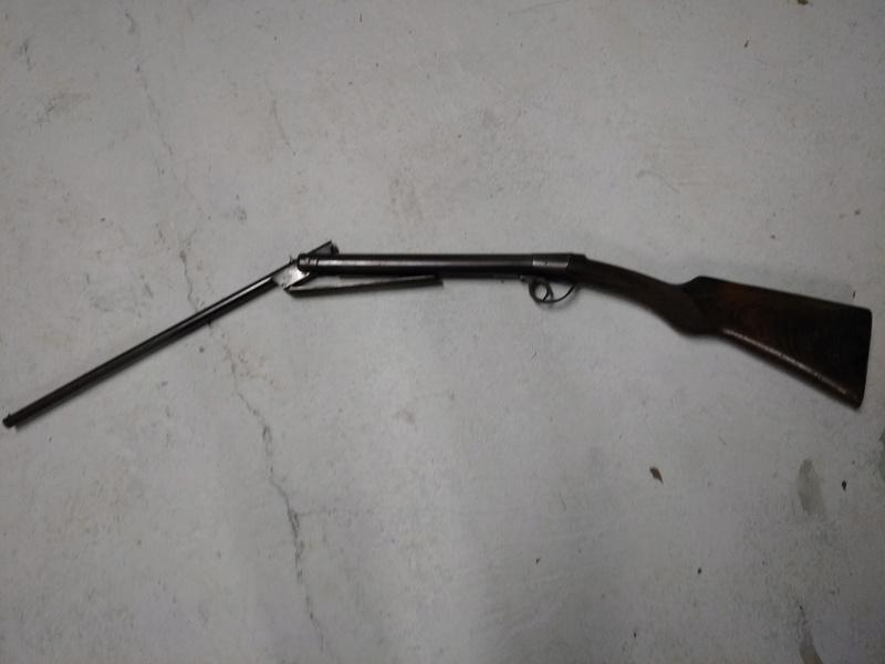 Carabine à identifier Img_2011