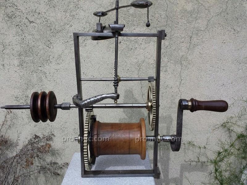 fabrication d'un tournebroche à contrepoid Tb10