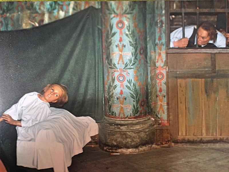 Les papiers peints de la prison du Temple - Page 2 6d960710