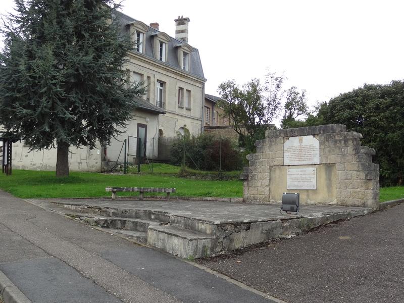 La fuite vers Montmédy et l'arrestation à Varennes, les 20 et 21 juin 1791 - Page 10 V1211