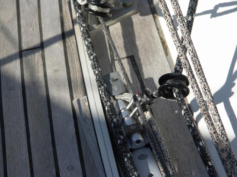 [TECHNIQUE] Installation chariot de Genois réglable ( easy sail ) // Barre d'écoute GSE réglable Pict0010