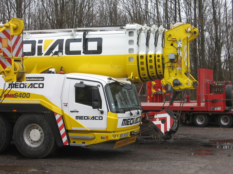 Les grues de MEDIACO (Groupe MEDIACO) (France) - Page 98 Img_1922