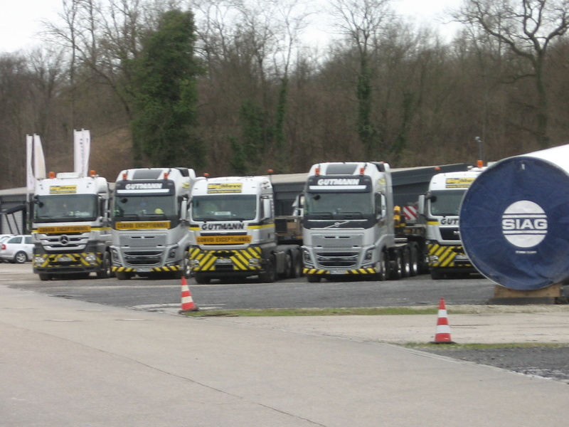 Les grues GOTTWALD - Page 4 Img_2138