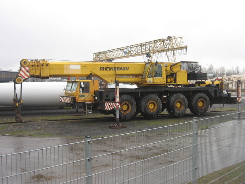 Les grues GOTTWALD - Page 4 Img_2313
