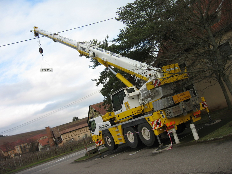 Les grues de MEDIACO (Groupe MEDIACO) (France) - Page 98 Img_2320