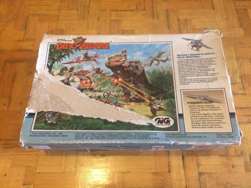 Collezione Dino Riders 24740310