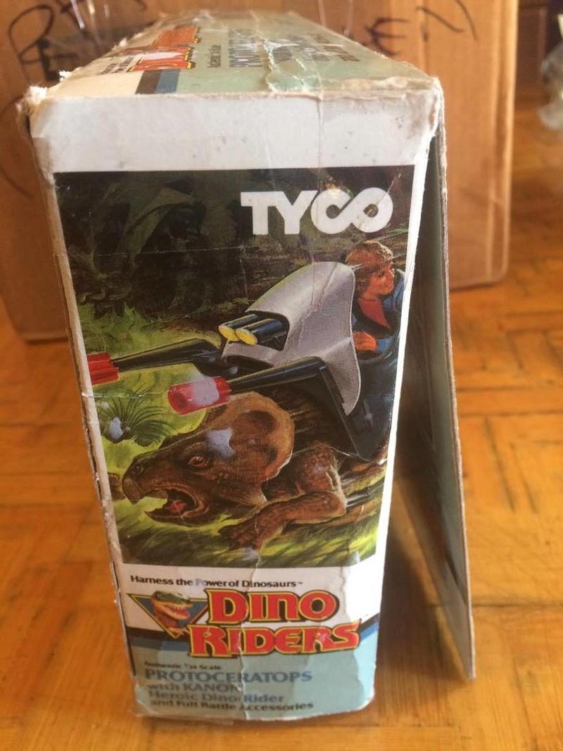 Collezione Dino Riders 24819011