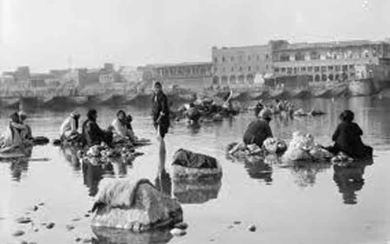 غسل الملابس في نهر دجلة أيام زمان O_ooo_10