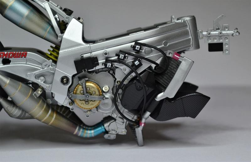 SUZUKI  RGT-T 500 (xr89) Kenny Roberts Jr. Dsc_0253