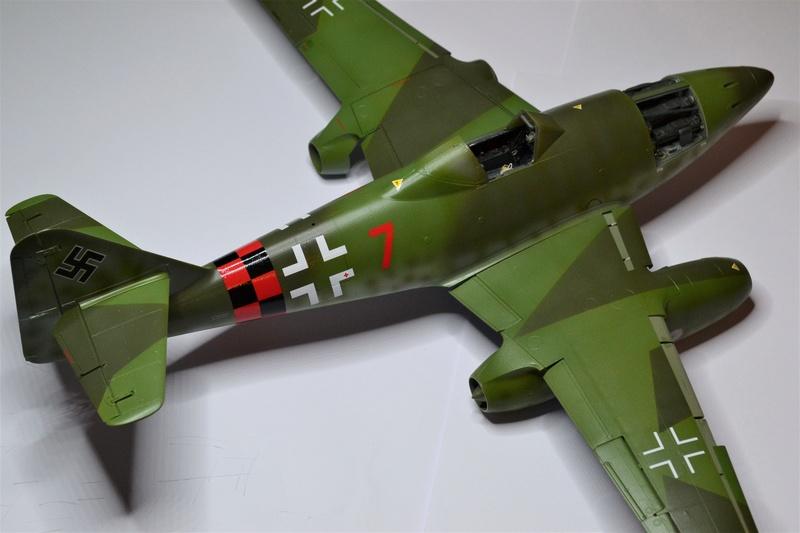 ME 262 A-1 TRUMPETER 1/32 - Page 4 Dsc_0365