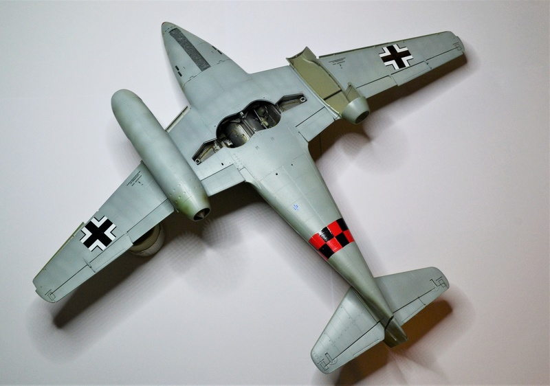 ME 262 A-1 TRUMPETER 1/32 - Page 4 Dsc_0367