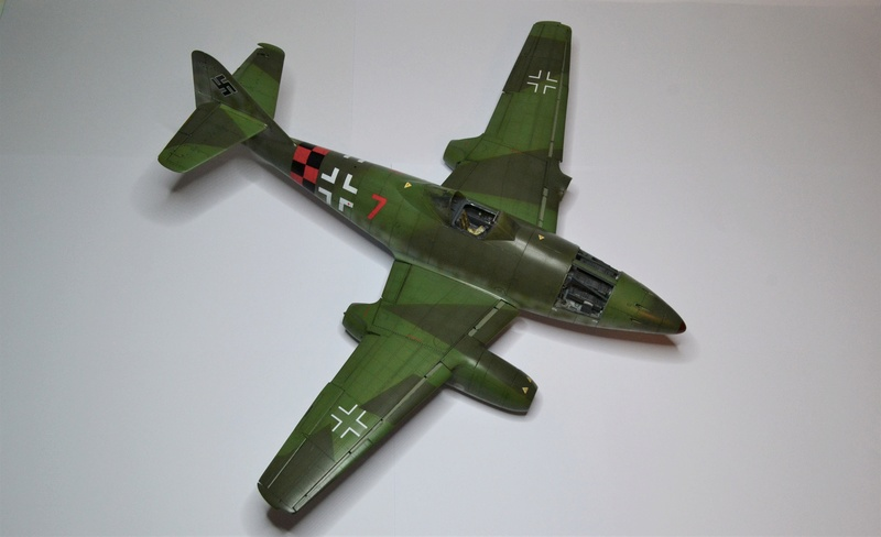 ME 262 A-1 TRUMPETER 1/32 - Page 5 Dsc_0377