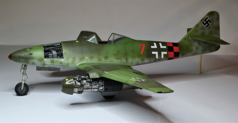 ME 262 A-1 TRUMPETER 1/32 - Page 5 Dsc_0382