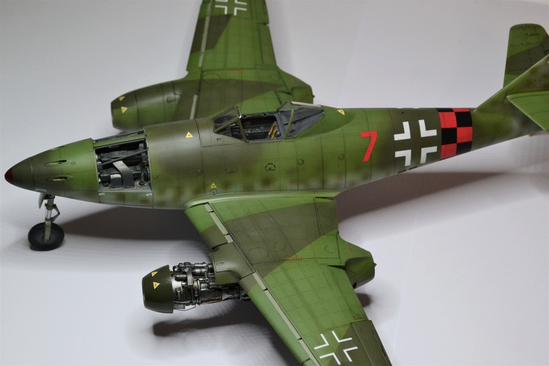 ME 262 A-1 TRUMPETER 1/32 - Page 5 Dsc_0384