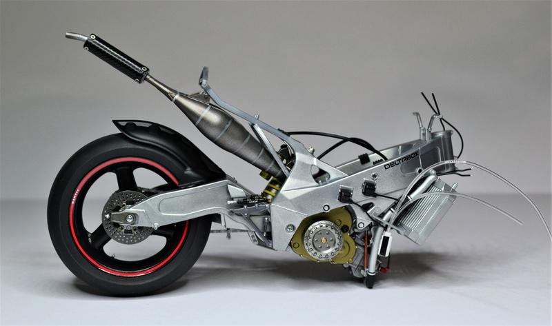 Yamaha yzr 500 1/12 Hasegawa Dsc_0427