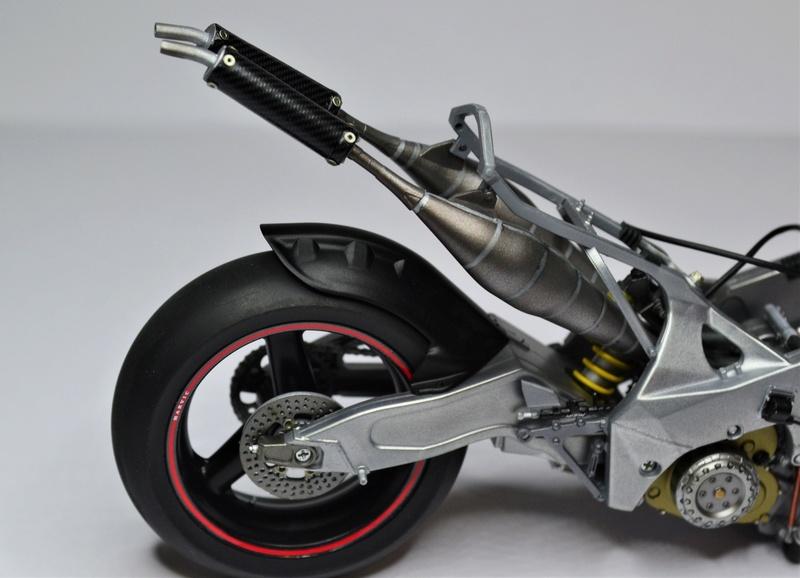 Yamaha yzr 500 1/12 Hasegawa Dsc_0428