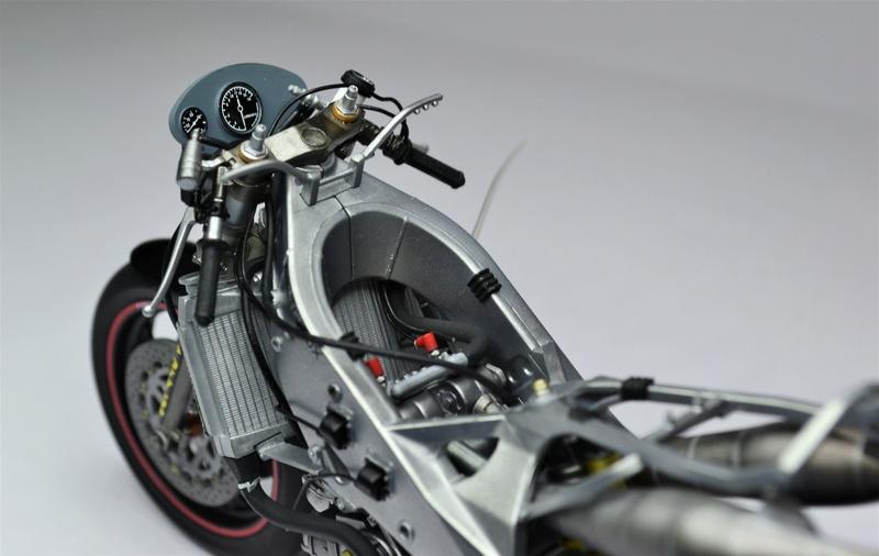 Yamaha yzr 500 1/12 Hasegawa Dsc_0439