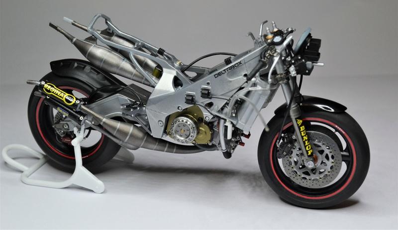 Yamaha yzr 500 1/12 Hasegawa Dsc_0440