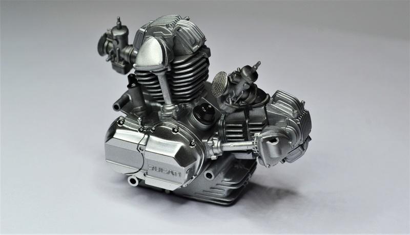Ducati 900 replica Mike Hailwood 1/12 Dsc_0463