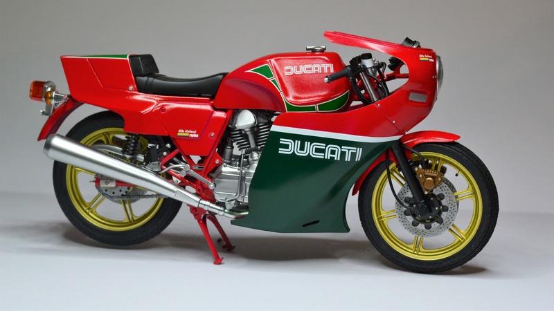 Ducati 900 replica Mike Hailwood 1/12 Dsc_0494