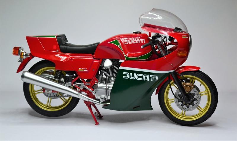 Ducati 900 replica Mike Hailwood 1/12 Dsc_0502