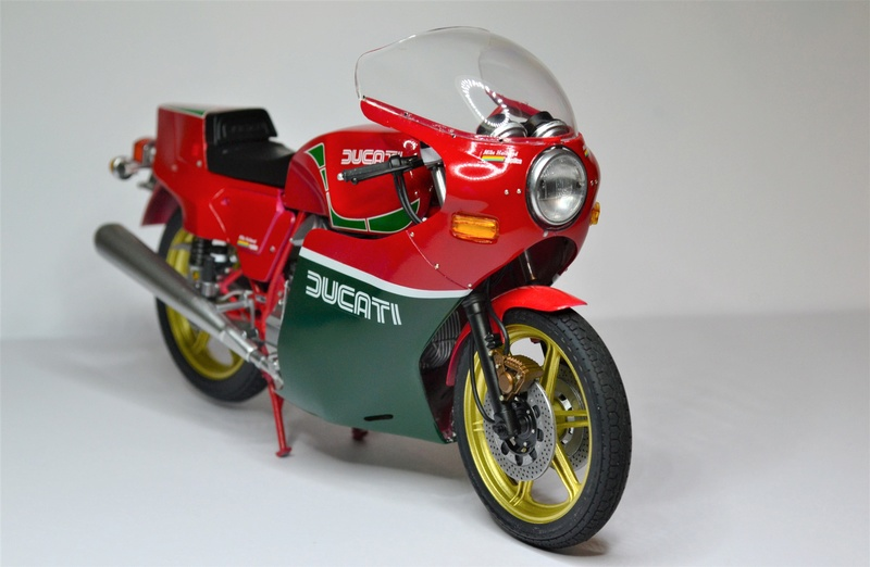 Ducati 900 replica Mike Hailwood 1/12 Dsc_0509