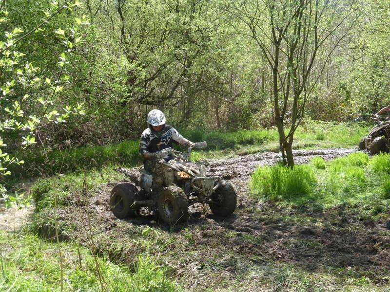 Location du terrain aux quads P1000114