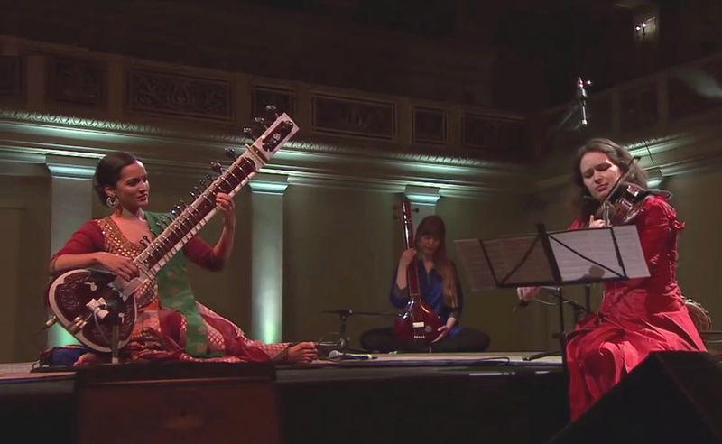 Musiques traditionnelles : Playlist - Page 17 Anoush11