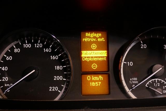 Réglage du rabattement automatique des rétroviseurs extérieurs P1050012