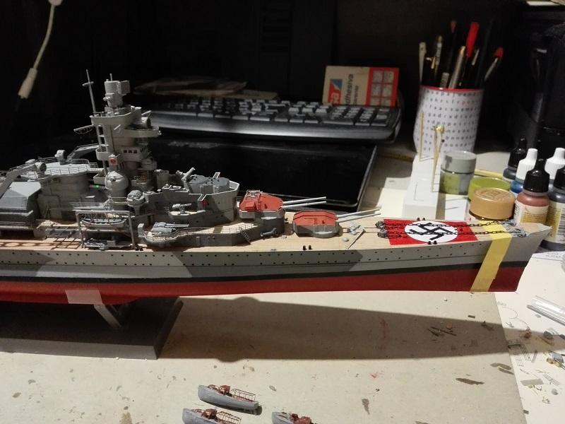 German Heavy Cruiser Admiral Hipper a 1/350 de Trumpeter Img_2017