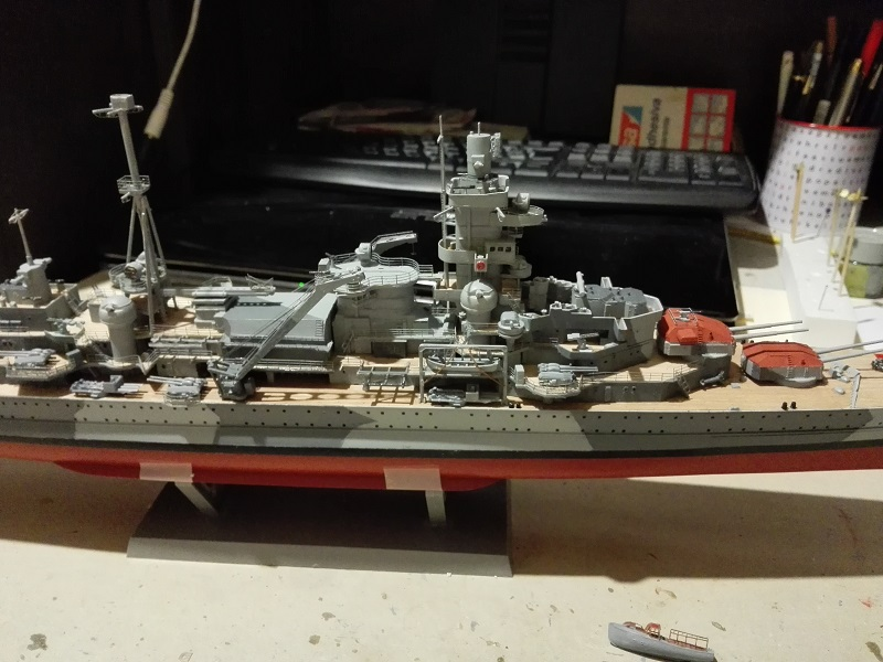 German Heavy Cruiser Admiral Hipper a 1/350 de Trumpeter Img_2018