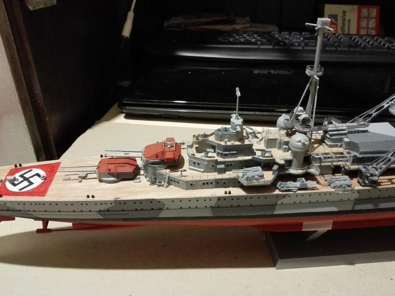 German Heavy Cruiser Admiral Hipper a 1/350 de Trumpeter Img_2019