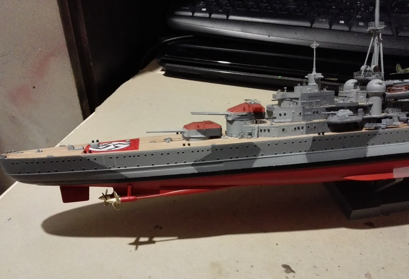 German Heavy Cruiser Admiral Hipper a 1/350 de Trumpeter Img_2021