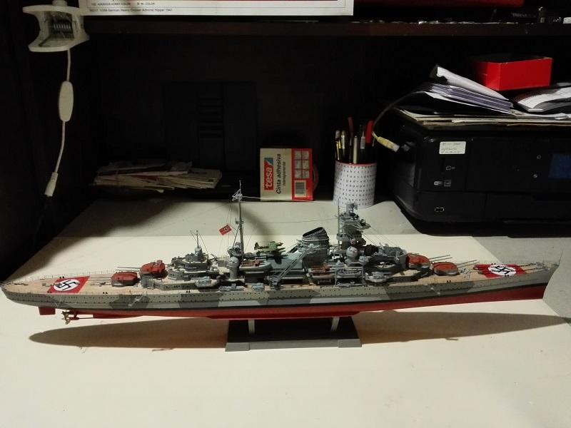 German Heavy Cruiser Admiral Hipper a 1/350 de Trumpeter Img_2024