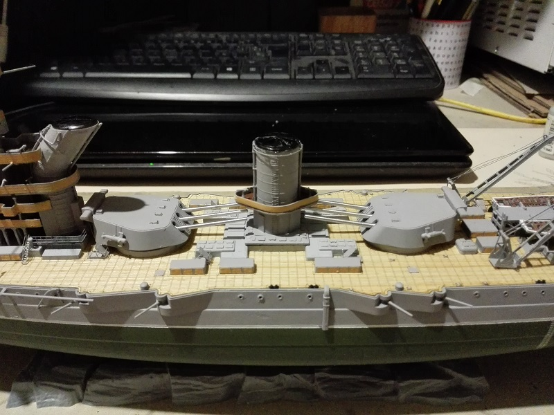 Soviet Battleship Marat a 1/350 de Zvezda Img_2107