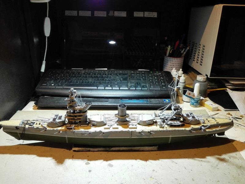 Soviet Battleship Marat a 1/350 de Zvezda Img_2109