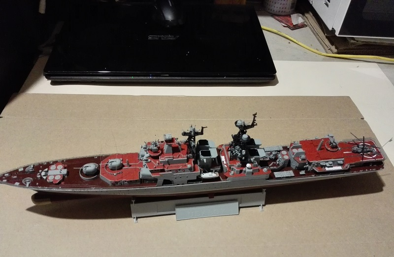 Trumpeter Russian Navy Udaloy a 1/350 Img_2129