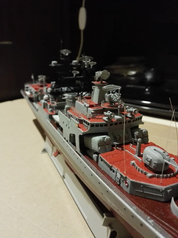 Trumpeter Russian Navy Udaloy a 1/350 Img_2132