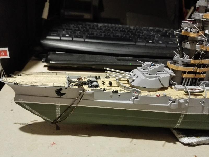 Marat Soviet Battleship a 1/350 de Zvezda Img_2140