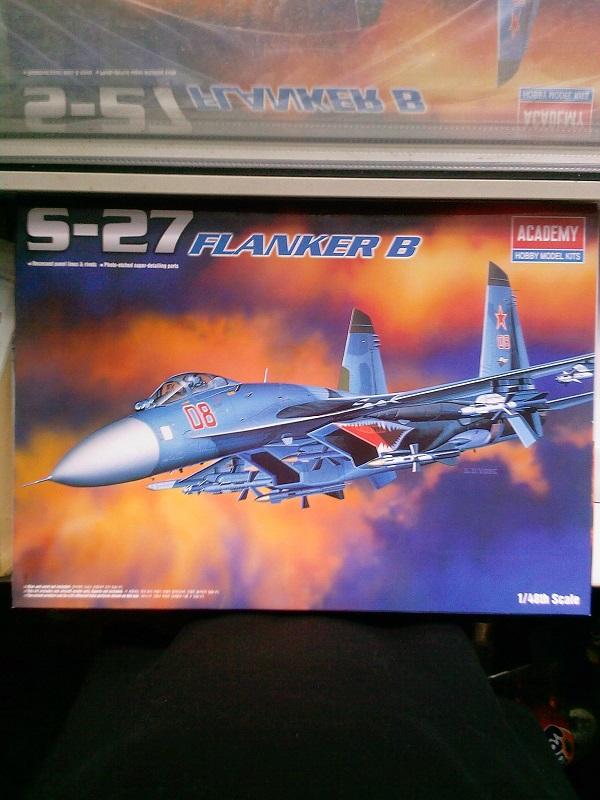 Sukhoi Su-27 / Academy, 1:48 01_10
