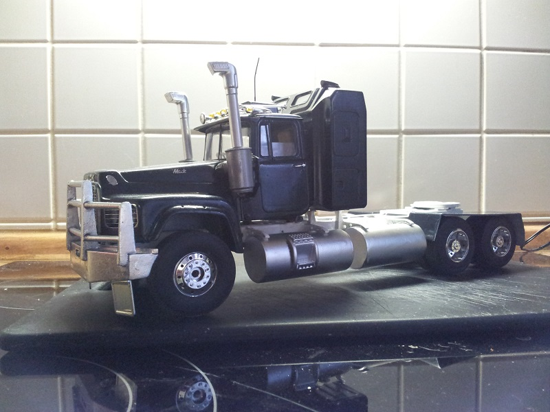 Italeri Mack Valueliner 1:24 44_10