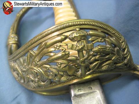 Sabres d'officier de marine : 1837, 1853, 1870, 1891, 1957 - Page 5 Prodph11
