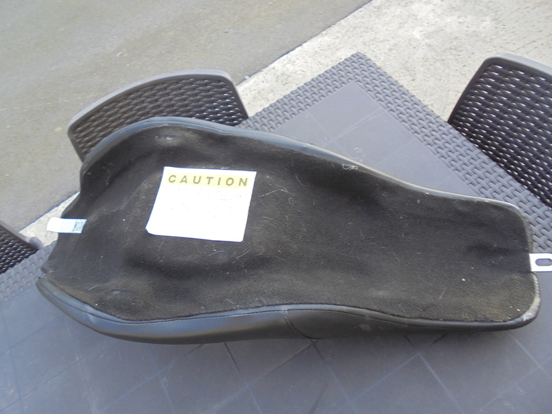 Selle Road king 2007 (Trouvée) Dsc00112